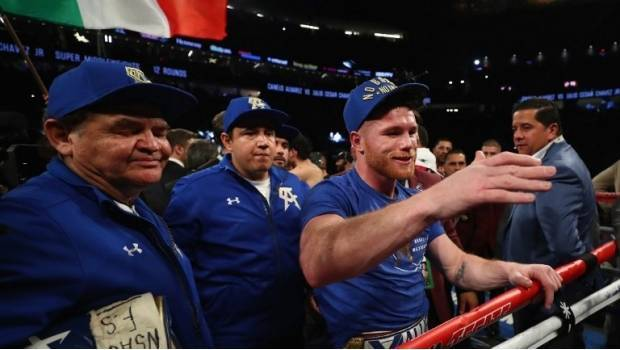 'Canelo' confirma pelea con Golovkin tras humillar al Junior (VIDEO)