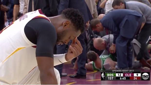 La terrible lesión de Gordon Hayward durante su debut con los Celtics