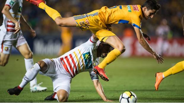 Tigres avanza al vencer 3-1 al Herediano Video — Concachampions