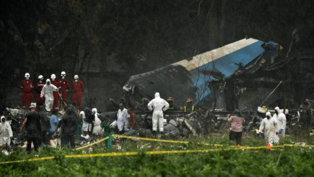 Aerolínea mexicana acusa error humano en accidente en Cuba