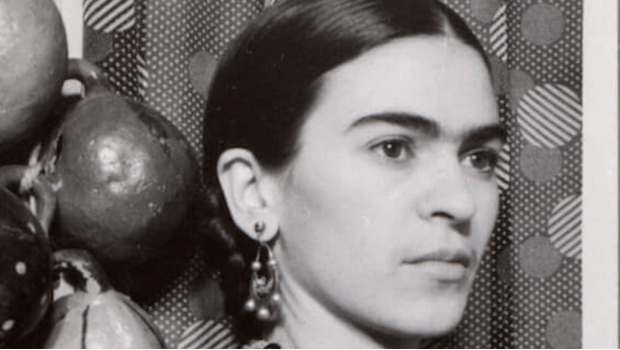1932 Frida Kahlo of New York.